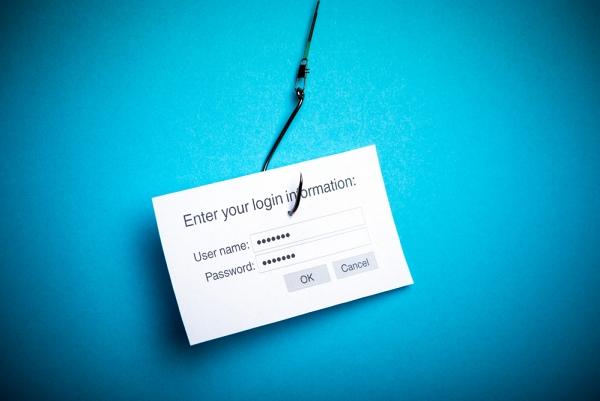 Phishing - attacchi informatici